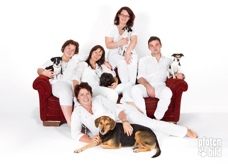 Fotoshooting mit Familie und Hunden