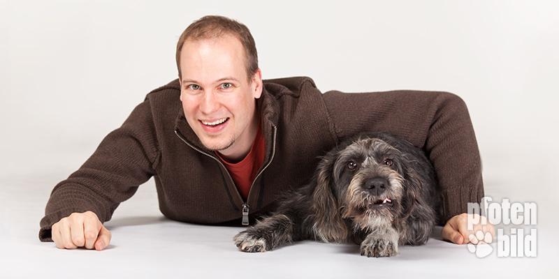 Hund und Herrchen Foto