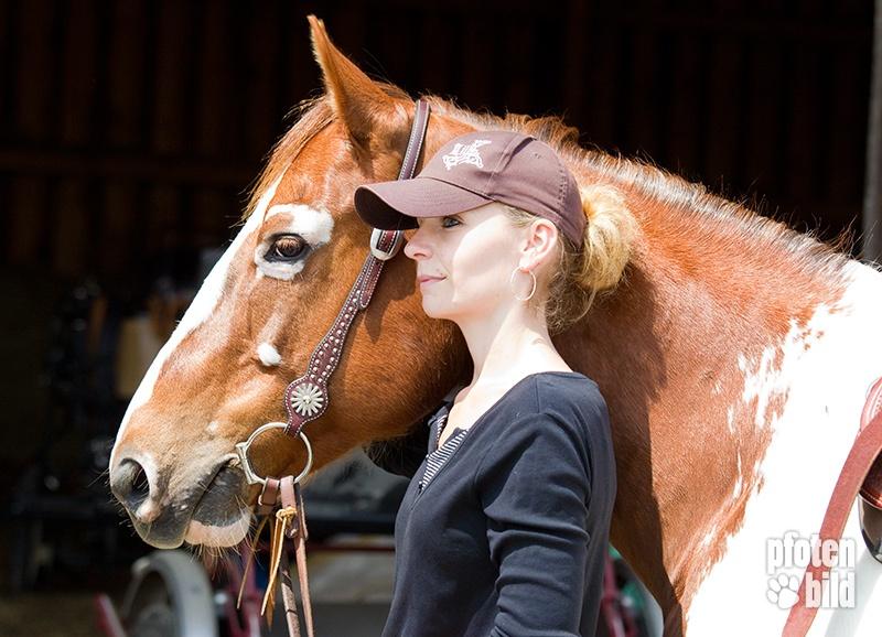 Pferd und Reiterin Closeup